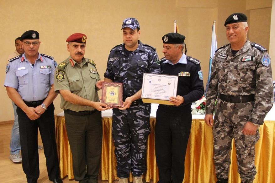 الاحتفال بتخريج دورة تأهيل ضباط الشرطة السادسة عشرة في اريحا