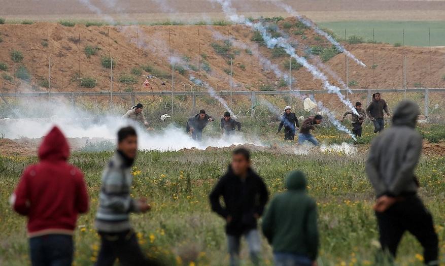 قصف سوريا وشهيد غزة يتصدران عناوين الصحف الإسرائيلية اليوم