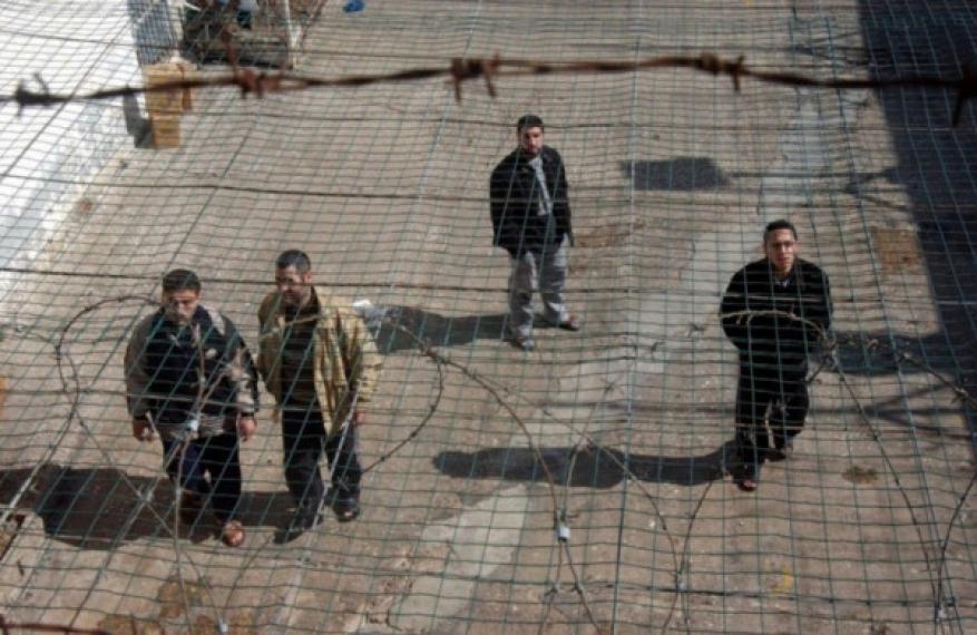 إسرائيل تُحاول تشريع قانون مكافحة الإرهاب لتضييق الخناق على الأسرى