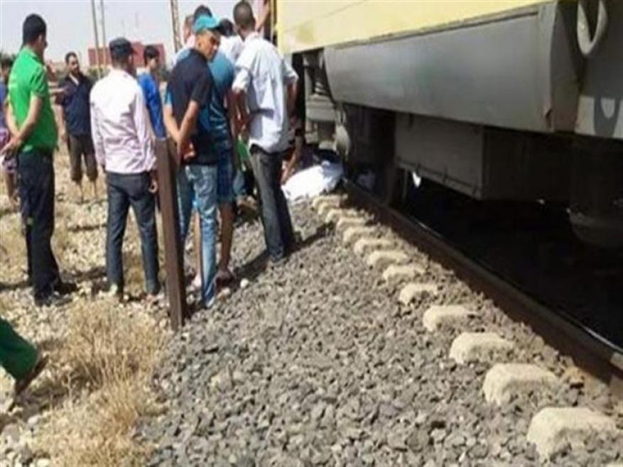 ابعدي يا بنتي هاتموتي.. أم تفتدي ابنتها بحياتها أسفل قطار كفر الشيخ