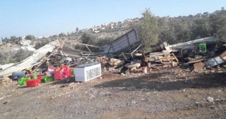 الاحتلال يهدم منشآت سكنية وحظائر أغنام في الأغوار الشمالية