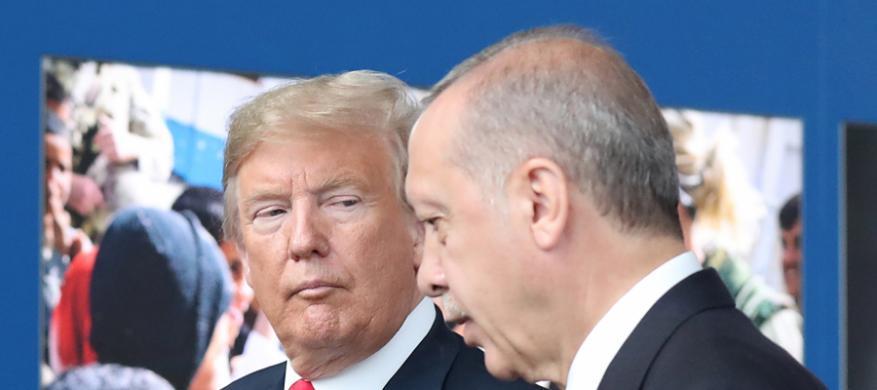 ترامب يوجه تهديداً شديداً لأنقرة:(سندمر تركيا)