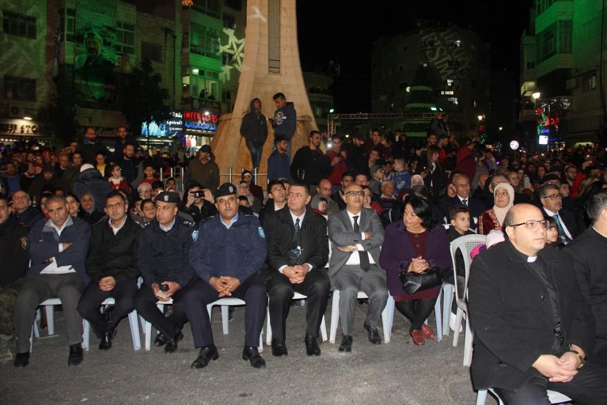شجرة عيد الميلاد في رام الله (6)