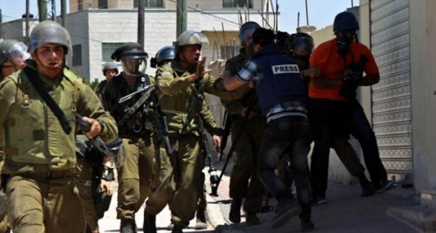 21 صحفياً رهن الاعتقال في سجون الاحتلال الإسرائيلي