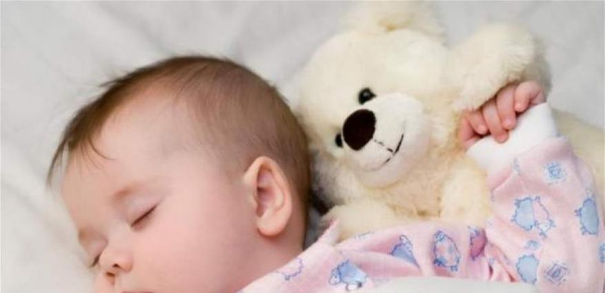 لهذا السبب.. أغلقوا غرف أطفالكم أثناء النوم (صورة)