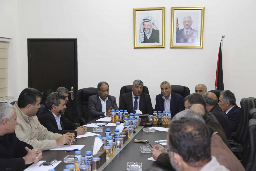 قلقيلية : المحافظ يلتقي رئيس هيئة مقاومة الجدار ومحافظ سلفيت ورئيس سلطة الأراضي