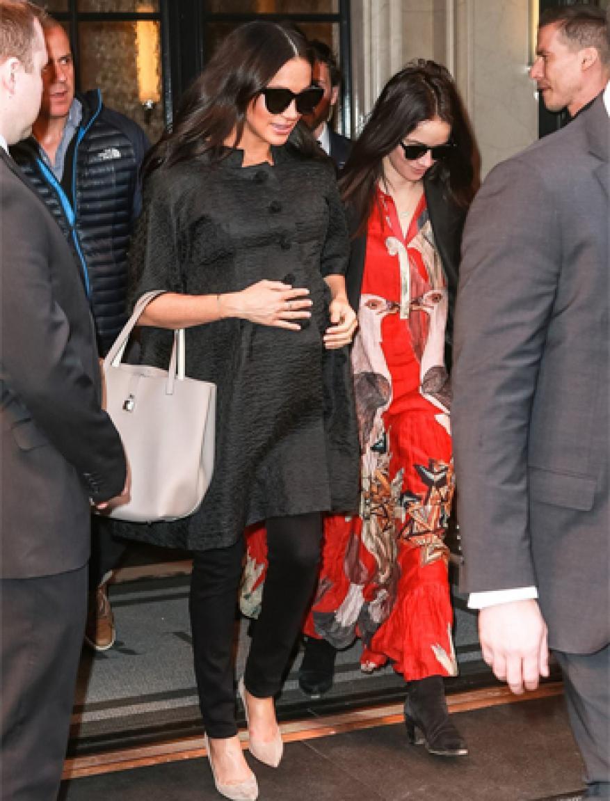 أزياء ميغان ماركل في نيويورك لا تشبه الحياة الملكية أبداً!