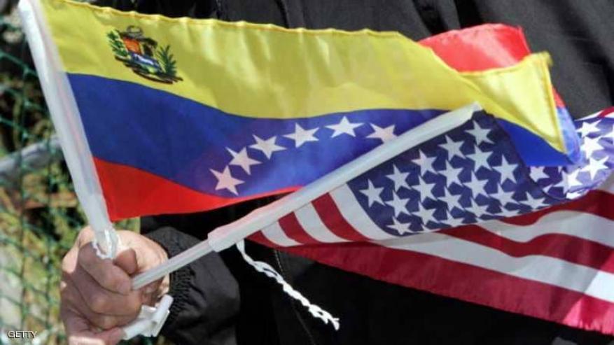 النفط يرتفع مع فرض عقوبات أميركية على فنزويلا