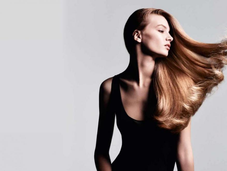 غسل الشعر يومياً عادة مضرة أم مفيدة؟.. تعرفوا على رأي الخبراء