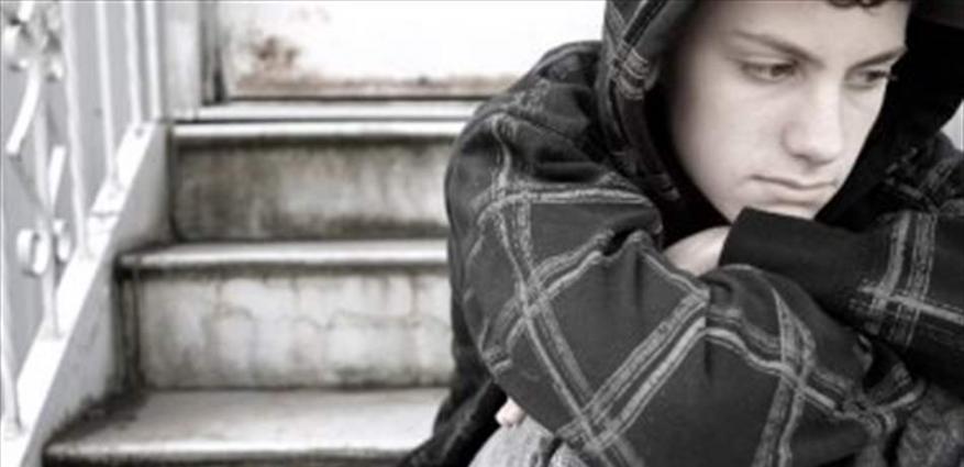 أعراض اكتئاب المراهقين