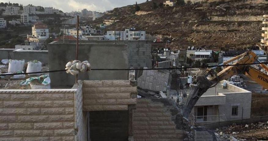 الاحتلال يعرقل بناء مسجد في بلدة عزون
