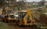 الاحتلال يغلق طرقا زراعية جنوب بيت لحم