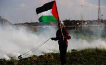 محدث: بالصور..شهيد و 30 إصابة خلال قمع الاحتلال لمسيرات العودة شرق قطاع غزة
