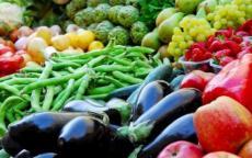 وزير الزراعة الإسرائيلي يُوقف استيراد الخضار والفواكه من فلسطين