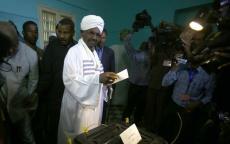 اخبار السودان اليوم: هل تنحى البشير وسلّم السلطة للجيش؟