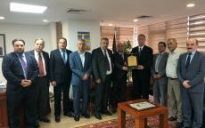 د. ابو هولي والسفير اللوح يبحثان اليات للتحرك العربي في جامعة الدول العربية لمعالجة الازمة المالية لوكالة الغوث