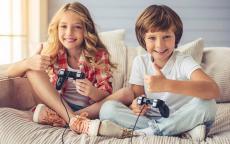 منافع الألعاب الإلكترونية للأطفال