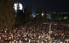 نحو 350 ألف مصل يحيون ليلة الـ27 من شهر رمضان في الأقصى