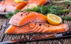 تناول السمك يجنّبك أمراض القلب والأوعية الدموية... شرط !