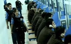 حمدونة : الأسرى يطالبون بانتظام برنامج الزيارات