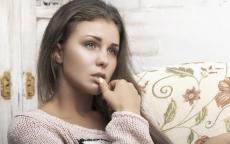 كيف تتعاملين مع صدمة ابنك المراهق العاطفية؟