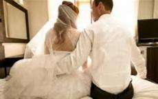 عريس يصدم زوجته في يوم الزفاف.. والأخيرة تطلب الطلاق