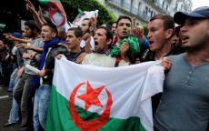 عشرات الجرحى والاعتقالات في الجزائر