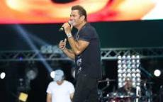 تفاصيل حفل عمرو دياب في روسيا لأول مرة