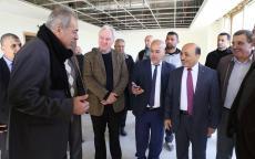 الوزير الحساينة يتفقد مباني جامعة الأزهر الجديدة وسط قطاع غزة
