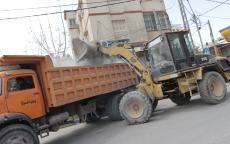 بلدية غزة تجمع وترحل 17 ألف طن من النفايات خلال الشهر الماضي
