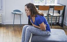 أعراض النزلة المعوية وعلاجها