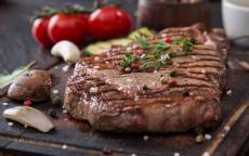 حذار تناول اكثر من 500 غ من اللحوم في الأسبوع !