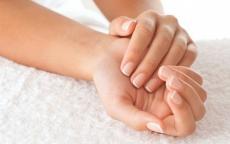 7 خدع سهلة تمنحك يدين ناعمتين كالأطفال