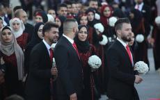 بحضور رئيس الوزراء..عرس جماعي لـ 400 عريس وعروس من مختلف مخيمات لبنان