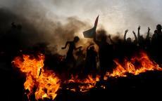 صحيفة تكشف تفاصيل الصفقة بشأن تحقيق الهدوء عند حدود غزة