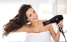 حيل فعّالة لتحافظي على لمعان شعرك