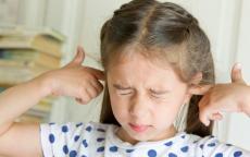 احذري! هكذا يؤثر التهاب الأذن على قدرات طفلك اللغوية