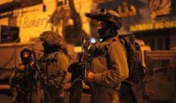 قوات الاحتلال تصيب مواطنا وتعتقله جنوب نابلس