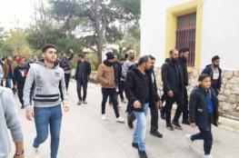 تفاصيل غرق مركب على السواحل اليونانية يرويها احد الناجين من غزة