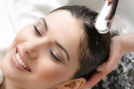 كم مرة عليكِ غسل شعركِ بالشتاء؟