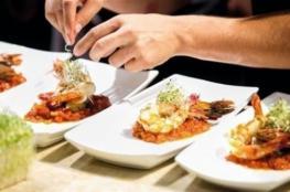 4 أطعمة إياك أن تتناولها في المطاعم