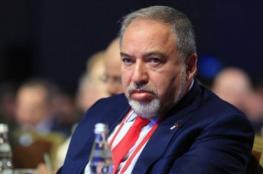 مسؤول فلسطيني مُعلقًا على استقالة