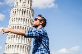 أحدها بُني عقاباً لفارس أحبَّ امرأة متزوجة وآخر مال بسبب كنز من الذهب.. إليك 9 أبراج مائلة تتنافس مع برج بيزا الإيطالي