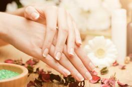 تبييض البقع الداكنة على أصابع اليد والقدم بهذه الخلطات