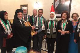 سلامة تسلم الدفعة الأولى من كتب الحملة الوطنية الفلسطينية لدعم مكتبات جامعة الموصل