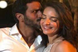 زفاف مفاجئ لممثل يهودي وإعلامية عربية مسلمة يثير غضب وزير الداخلية الإسرائيلي