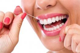 بعد تناول هذه الأطعمة.. نظّفوا أسنانكم فوراً!