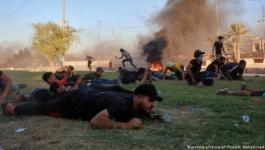 شاهد- عراقي يوثق بكاميرا هاتفه لحظة مقتله برصاصة في الرأس - دنيا الوطن.mp4
