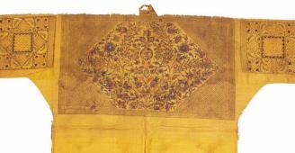 صور:قميصٌ يحوي طلاسم من السحر ويخدم الجنّ في أحد متاحف القاهرة