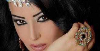 سمية الخشاب تتحدث عن محاولات للتفريق بينها وبين أحمد سعد